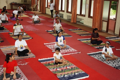 Participants practicing Yoga during the 5th International Yoda Day (21.06.2019)